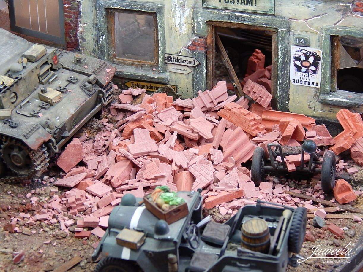 Juweela Models: 1:35 Brick Rubble, Mixed, Red (200g)