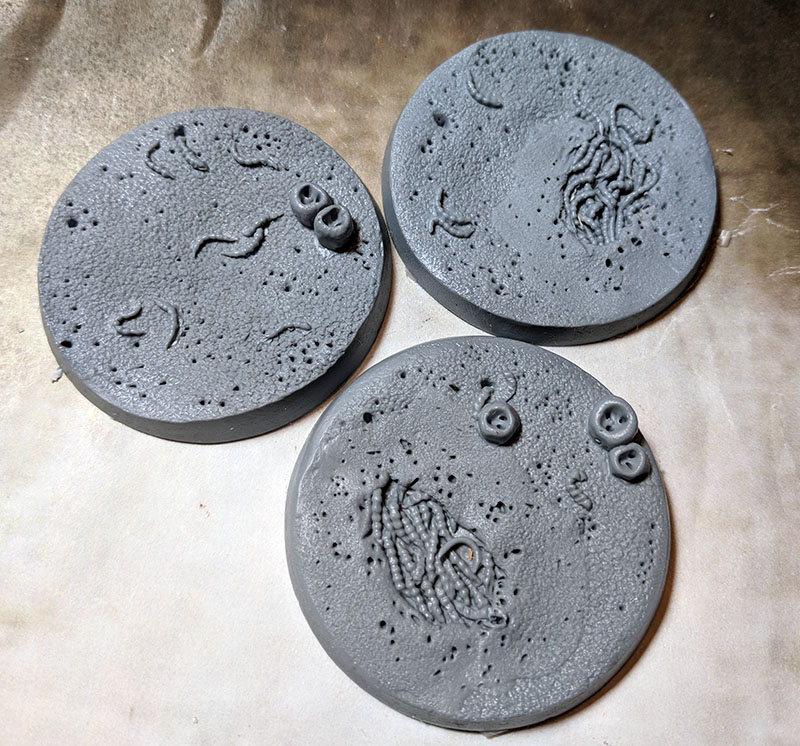 Beveled Edge Bases: Creeping Infection 50mm
