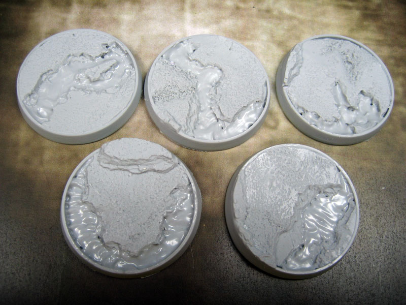 Beveled Bases: Lava Flow 40mm