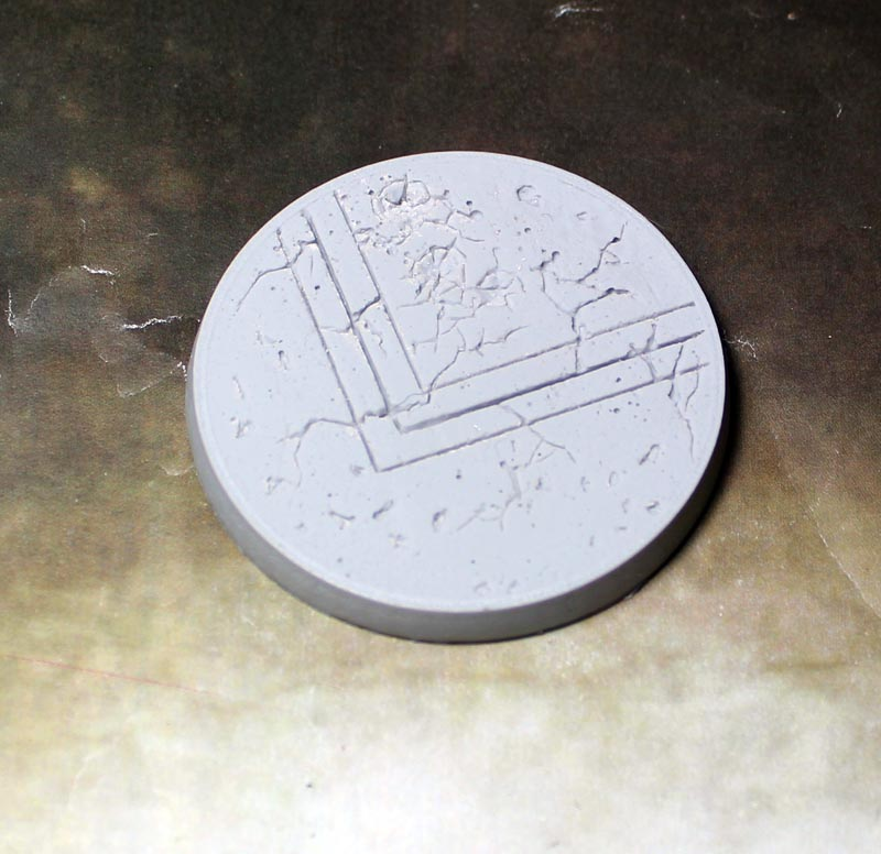 Beveled Edge Bases:Ruined Temple 55mm