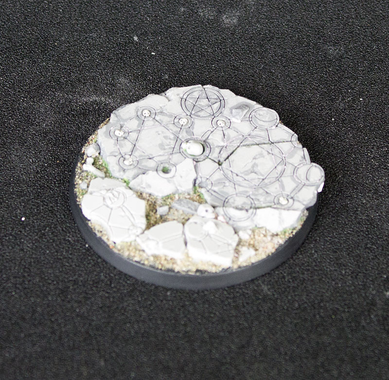 Beveled Edge Bases: Shattered Ritual 02 60mm