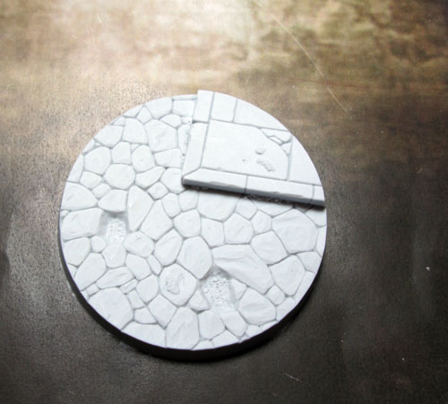 Beveled Bases: Town Square 60mm Base 01