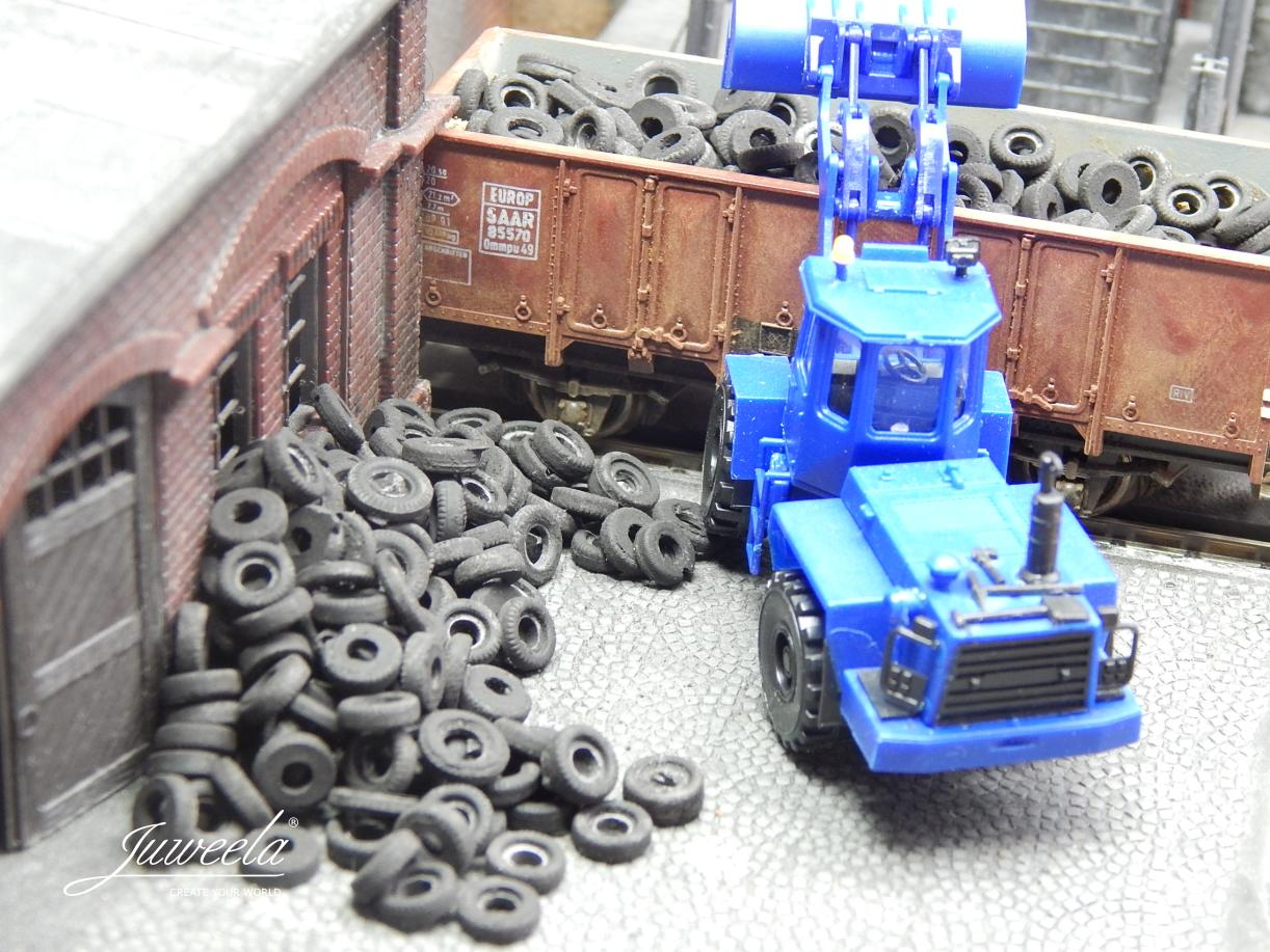 1/87 old tyres car, 40g