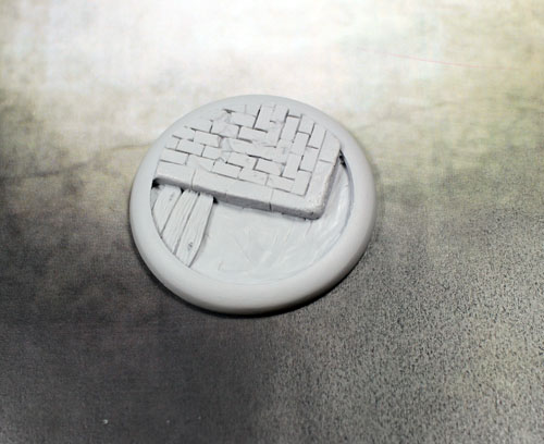 Round Lip Bases: Sewer Works Base 02 50mm