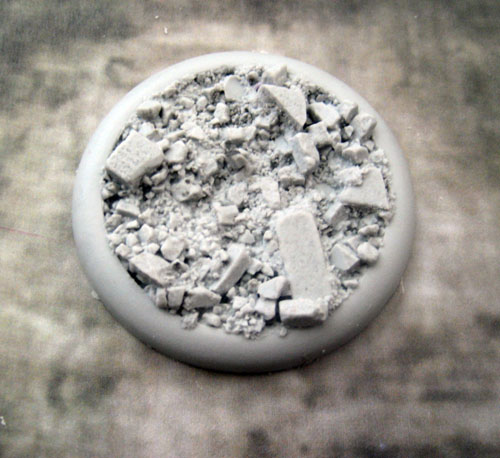Round Lip Bases: Urban Rubble Base 02 50mm