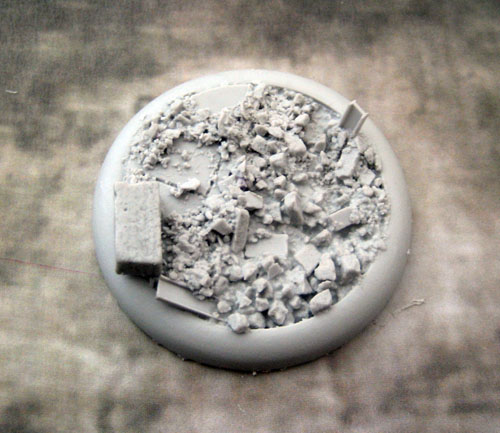 Round Lip Bases: Urban Rubble Base 04 50mm